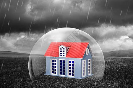 阴天乌云草地的房子图片