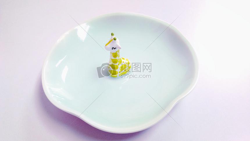 文创陶瓷盘子图片