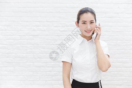 商业前台行政人员接听电话图片