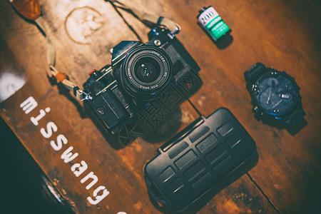 胶片相机平铺拍摄图片