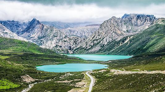 西藏姊妹湖图片