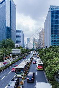 城市建筑马路车流图片
