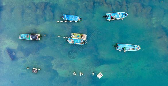 捕鱼归来的螃蟹船图片