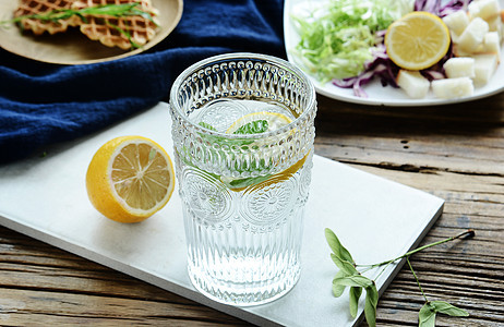 夏季清爽柠檬水图片