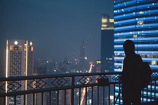 城市里的人图片