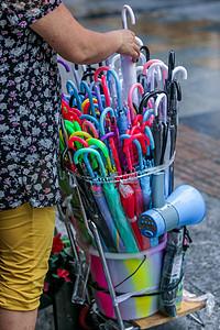 夏日的雨伞图片