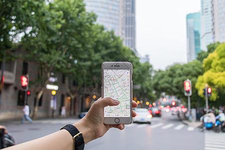手机导航使用场景图片