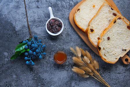 切片面包营养早餐图片