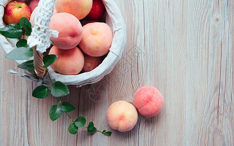 水蜜桃桃子图片
