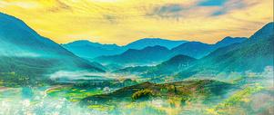 山岭云雾图片