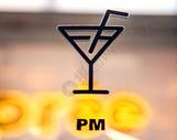 玻璃上的酒杯图标图片
