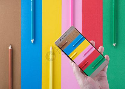 整齐排列的彩色铅笔背景素材图片