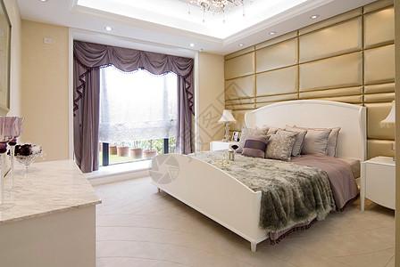 主卧室床品照片图片