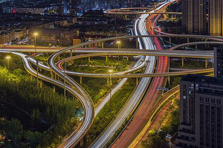 中石油桥车轨图片