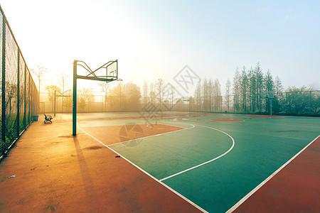 清晨的篮球操场图片