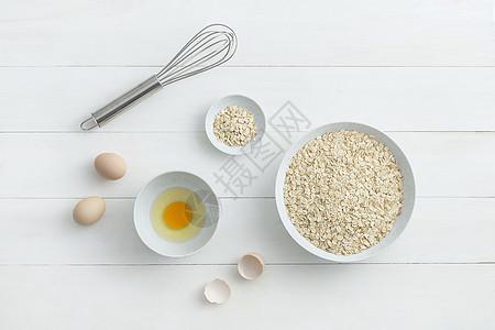 鸡蛋燕麦图片