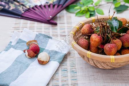 夏季新鲜荔枝图片