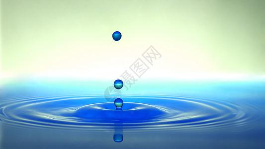水滴落到水面涟漪素材图片