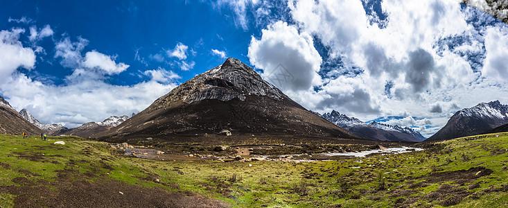 高原山脉全景图片
