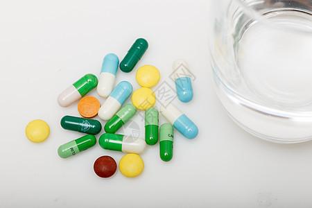 药和被子图片