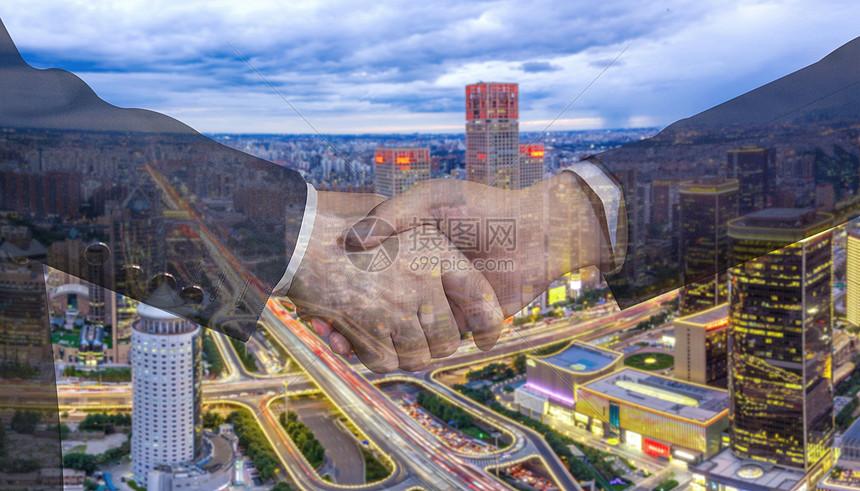 商务合作握手图图片