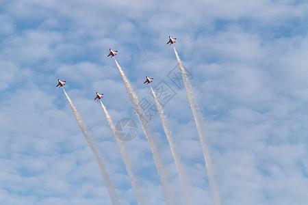 喷气式战斗机图片