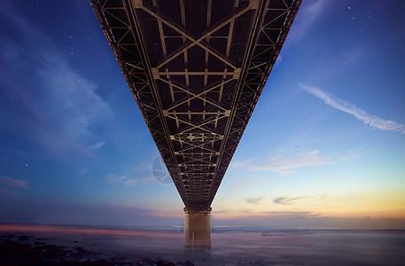 大气壮阔的大桥图片