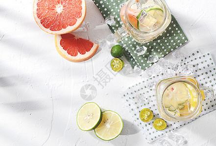 夏日水果冰爽饮料图片