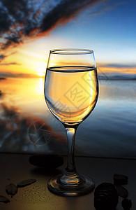 创意玻璃杯静物摄影图片