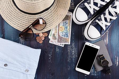 旅行避暑计划准备图片