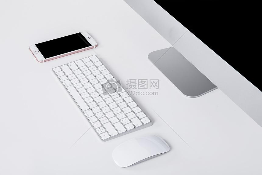 商务鼠标键盘手机电脑办公桌图片