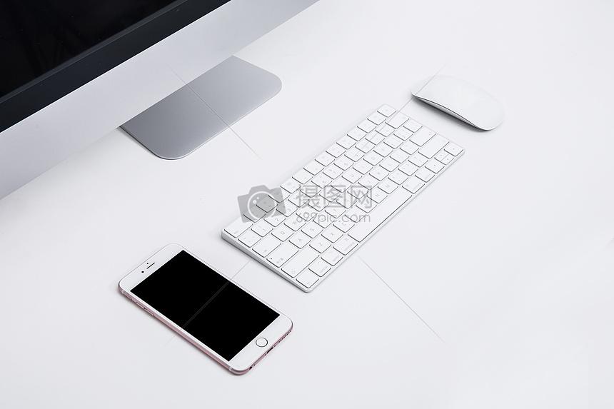 商务鼠标手机键盘电脑办公桌图片