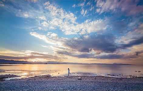 滇池夕阳晚霞图片