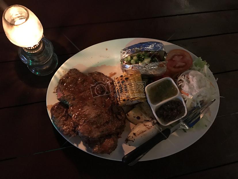 西式晚餐图片