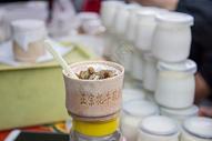 西藏拉萨特产牦牛酸奶图片