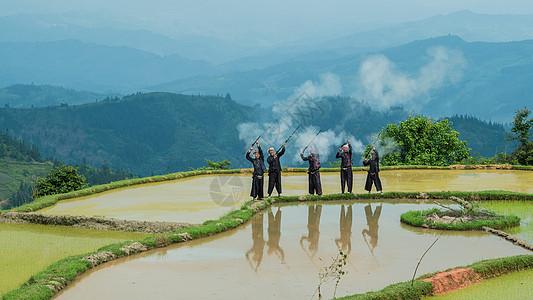 黔东南民俗打枪表演图片