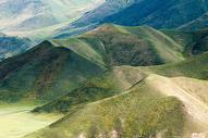 新疆高原草原山脉图片