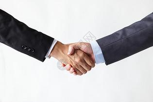 握手的商务人士图片