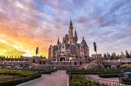 上海迪士尼傍晚美景图片