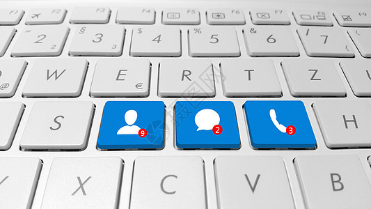 键盘上的社交媒体图片