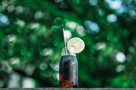 夏季冰柠檬可乐图片