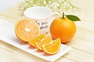切开的橘子图片