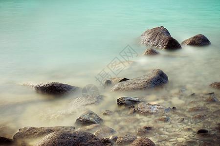 新疆喀纳斯湖美景图片