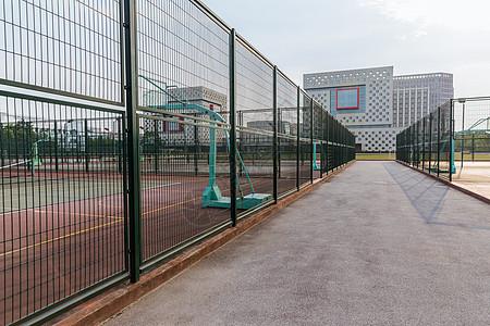 上海视觉艺术学院球场图片