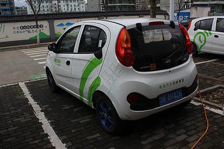 新能源车在充电图片