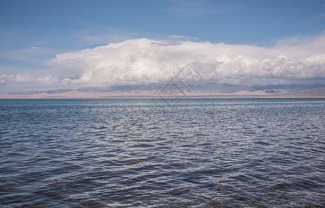 寂静的青海湖图片