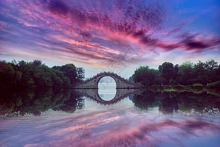 唯美公园桥梁风景图片