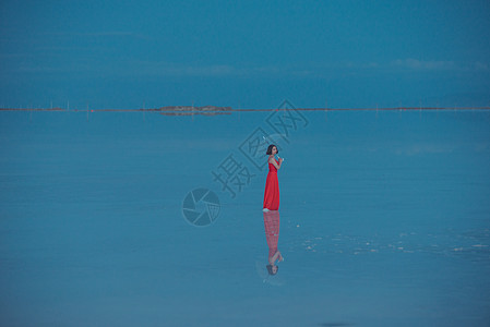 唯美的茶卡盐湖图片