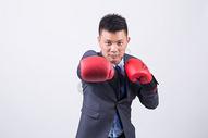 商务男性人像拳击图片