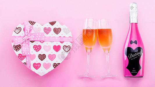 心形礼盒高脚杯起泡酒素材图片